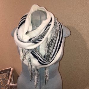 Infinity scarf by Simply Noelle